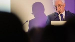 Carlos Costa ouvido no parlamento na próxima segunda-feira sobre Novo Banco