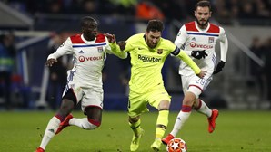 Lopes trava Messi e Lyon empata na receção ao Barcelona