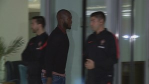 Danilo em risco de falhar clássico entre FC Porto e Benfica