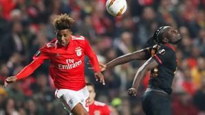 Benfica nos oitavos de final da Liga Europa após empate na Luz