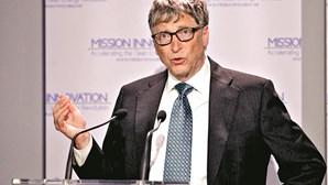 Bill Gates alerta: Mundo regrediu 25 anos na saúde e riqueza com a pandemia