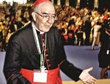 Cardeal Alfonso Trujillo, já falecido, criticava gays mas recorria a prostitutos