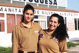Joana e Mariana fizeram parto em segurança perto do hospital.