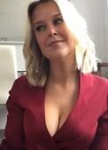 Invade casa do ex-namorado para lhe apagar 'nudes' do telemóvel