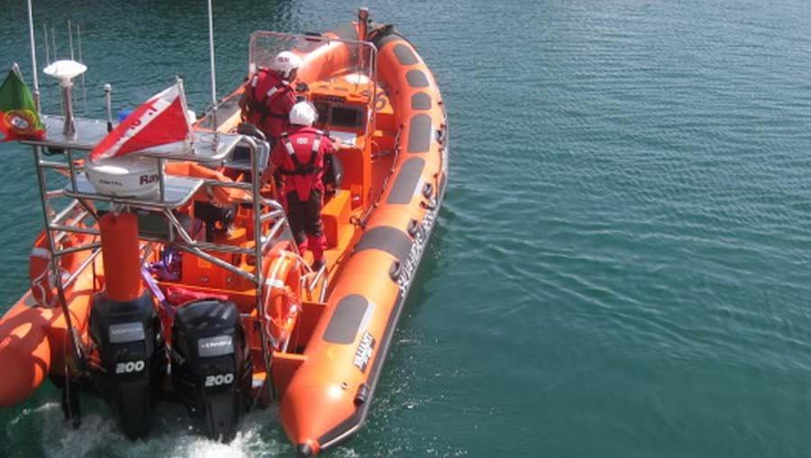 Embarcação da Estação Salva-Vidas