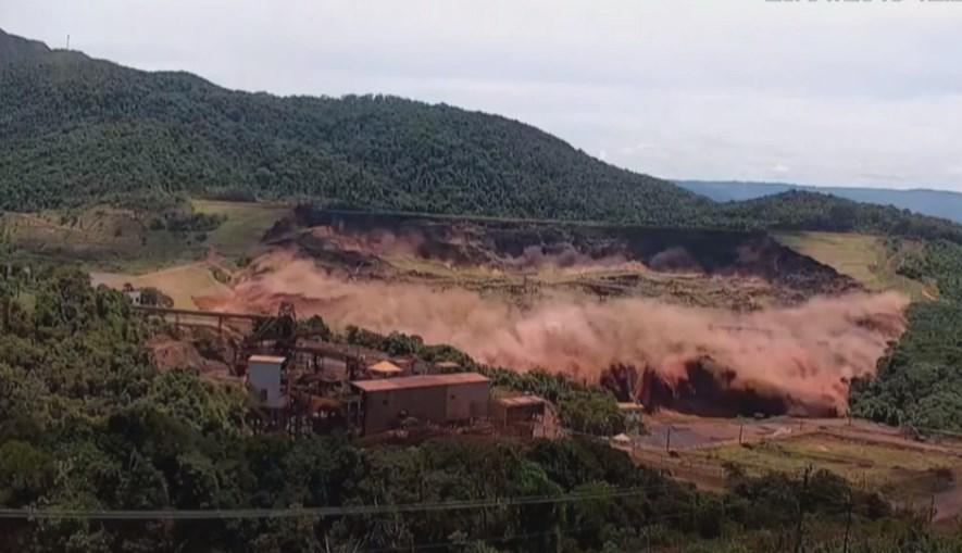 Barragem de Brumadinho colapsou
