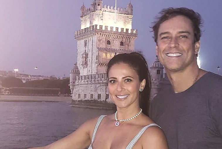 Ator brasileiro mudou-se para Portugal com a mulher, Carolina Villar