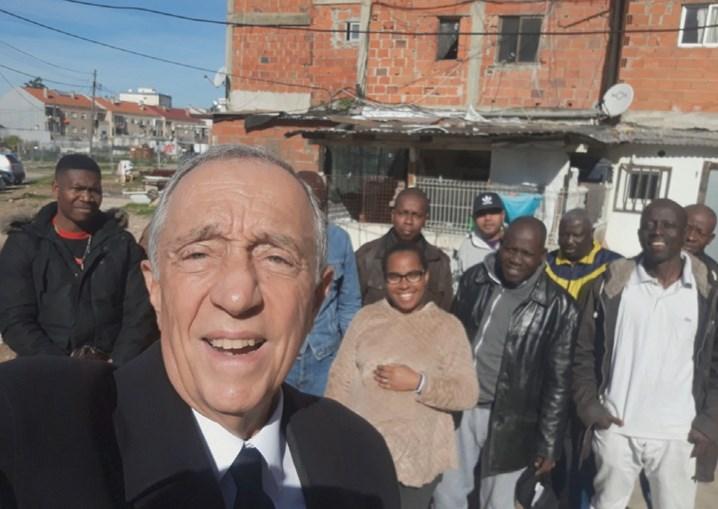 Marcelo Rebelo de Sousa visitou o Bairro da Jamaica no Seixal