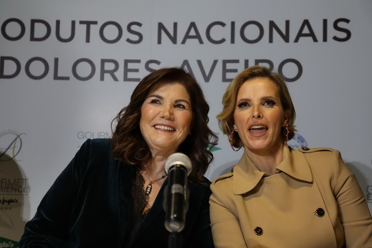 Dolores Aveiro e Cristina Ferreira