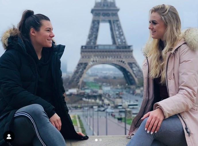 As jogadoras Alisha Lehmann e Ramona Bachmann assumiram a sua relação lésbica