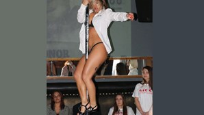 Eros Porto com espetáculos grátis de sexo ao vivo