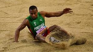 """Nelson Évora quer """"chegar forte"""" aos Jogos Olímpicos e lutar pelas medalhas"""