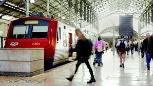 Novos passes de transporte permitem poupar até 121 euros