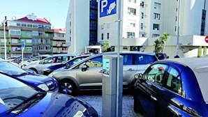 Oeiras aumenta zonas de estacionamento pago