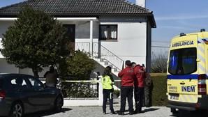 Casal encontrado morto em casa de banho ao fim de dois dias