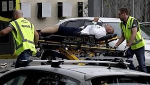 Ataque terrorista a mesquitas na Nova Zelândia faz 49 mortos