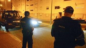 Ajuntamento com cerca de 150 pessoas obriga a intervenção musculada da PSP