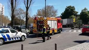 Dois homens atropelados por carro em Lisboa