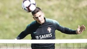 Dyego Sousa e André Silva lutam pela titularidade na Seleção