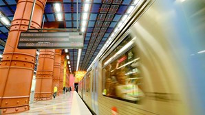Linha azul do Metro de Lisboa com perturbações na circulação devido a falha energética