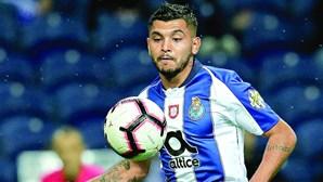 Lesão de Corona gera alarme no FC Porto