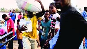 Ajuda portuguesa em Moçambique
