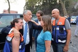 Marcelo Rebelo de Sousa, no Funchal, Madeira, a apoiar as famíias vítimas dos incêndios