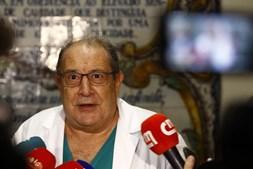 Marcelo Rebelo de Sousa foi operado a uma hérnia umbilical no hospital Curry Cabral. Conferência de imprensa do médico que prestou declarações após a cirurgia no dia 28 de dezembro de 2017