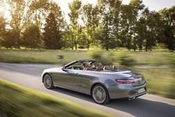 Mercedes E Cabrio foi o primeiro modelo de luxo comprado pela apresentadora de televisão