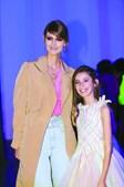 A modelo Diana Pereira com a filha, Mel