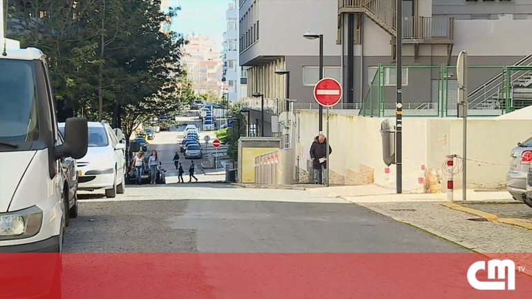 499bbe451d9 Homem esfaqueado por negar cigarro em Portimão - Portugal - Correio ...