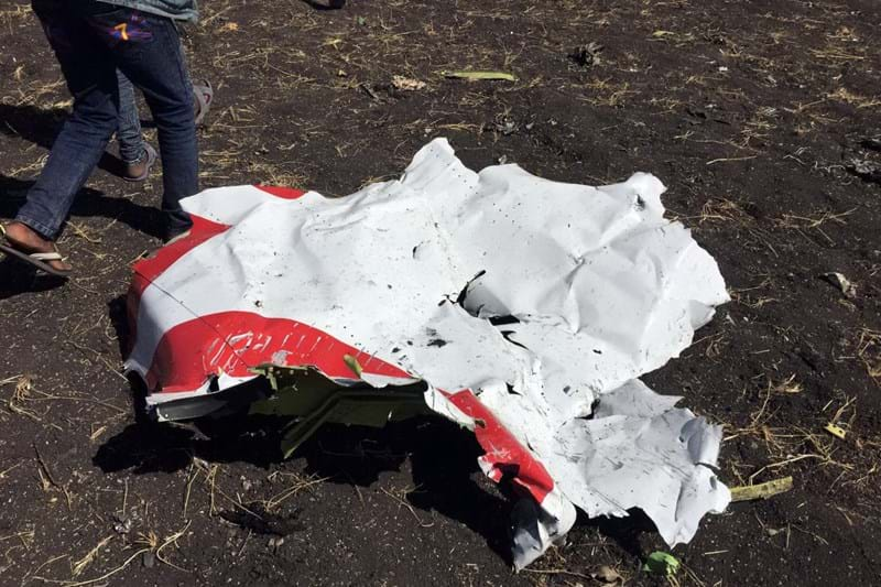 Tragédia em queda de avião faz 157 mortos  Não há portugueses entre