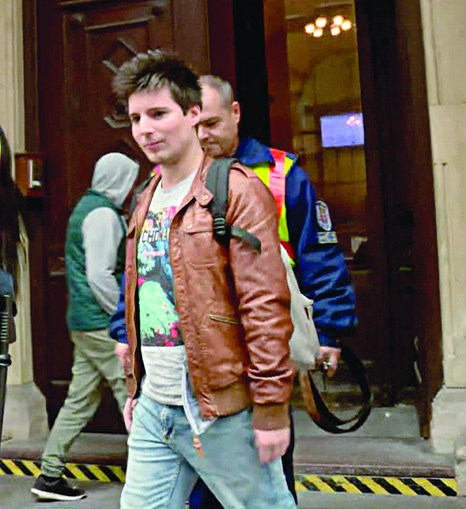 Rui Pinto está em prisão domiciliária e opôs-se ao regresso ao nosso país