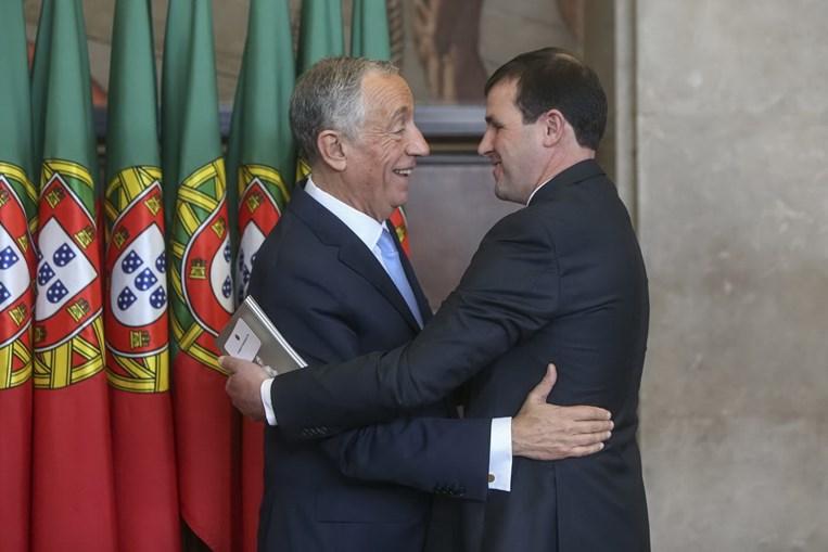 Tomada de posse de Marcelo Rebelo de Sousa: o Presidente da República cumprimenta o ex-candidato à presidência da república no salão nobre da Assembleia da República