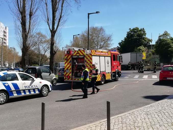Idosos atropelados por carro em Benfica
