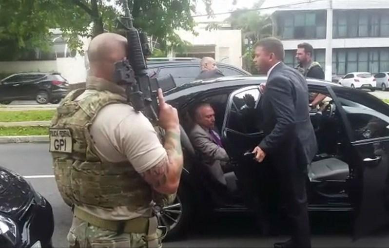 Michel Temer detido pela Polícia Federal, em São Paulo