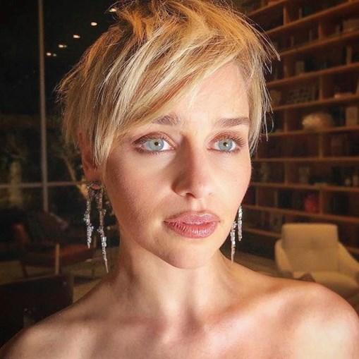 Emilia Clarke sofria de ataques de pânico e ansiedade provocados pelo seu frágil estado de saúde