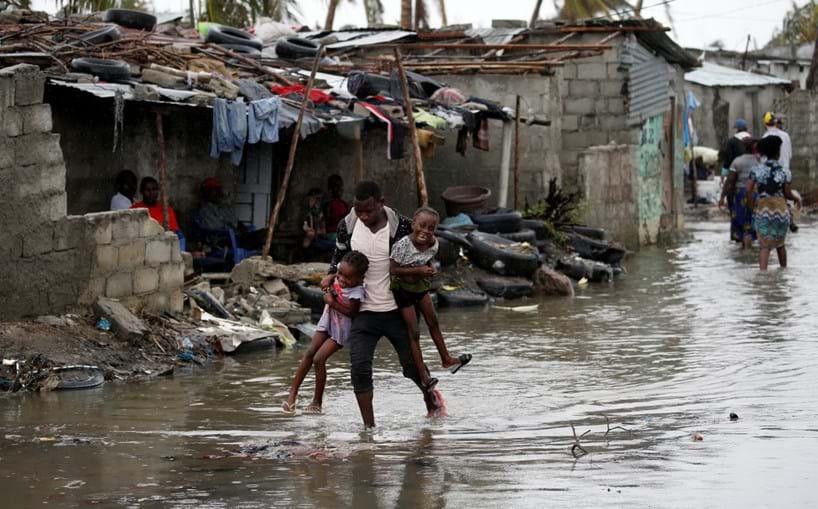 Moçambicanos tentam recuperar da destruição da tempestade Idai
