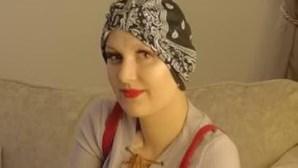 Jovem com cancro devolve dinheiro de doações após cura 'milagrosa'