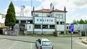 PSP de Barcelos forçada a usar carro acidentado em patrulha