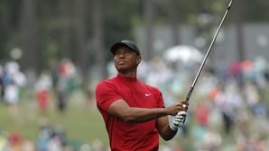 Tiger Woods vence o Masters e conquista um 'major' 11 anos depois