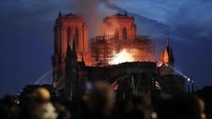 Família do bilionário Arnault e a LVMH vão doar 200 milhões de euros à Notre-Dame