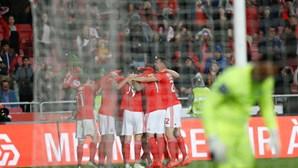 Homem multiplica 10 vezes preço dos bilhetes para o Benfica