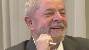 Supremo suspende transferência de Lula da Silva para prisão em São Paulo