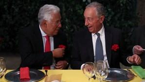 Marcelo e Costa juntam-se em jantar comemorativo do 25 de Abril em Lisboa