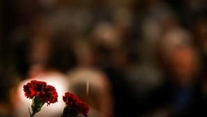 Promotores alertam que só quem for convocado pode integrar desfile de comemoração do 25 de Abril