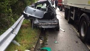 Jovem morre após colisão entre camião e carro em Amarante