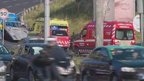Cinco feridos após colisão entre carro e ambulância do INEM em Lisboa