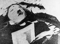 Corpo que se acredita ser de Adolf Hitler