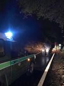 Derrocada corta estrada em Arouca. Bombeiros procuram vítimas